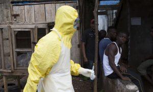 petugas kesehatan virus Ebola
