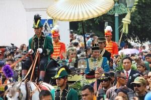 GKR Hayu dengan KPH Notonegoro. Pernikahan ini merupakan pernikahan terakhir dari lima putri Sri Sultan Hamengkubuwono X. Credit: Ikhsan Prabowo Hadi, Flickr)