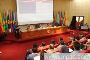 seminar nasional, otonomi papua